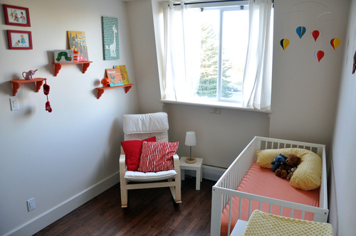 Primary Colors In The Nursery