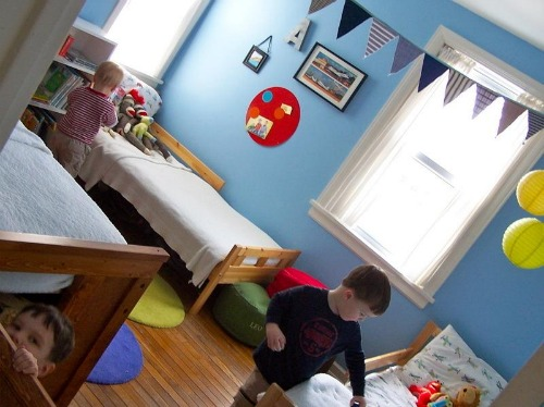 Sleeping tips for transitioning to a shared sibling room - Boy girl shared room ideas ...