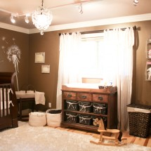Warm, neutral tone nursery