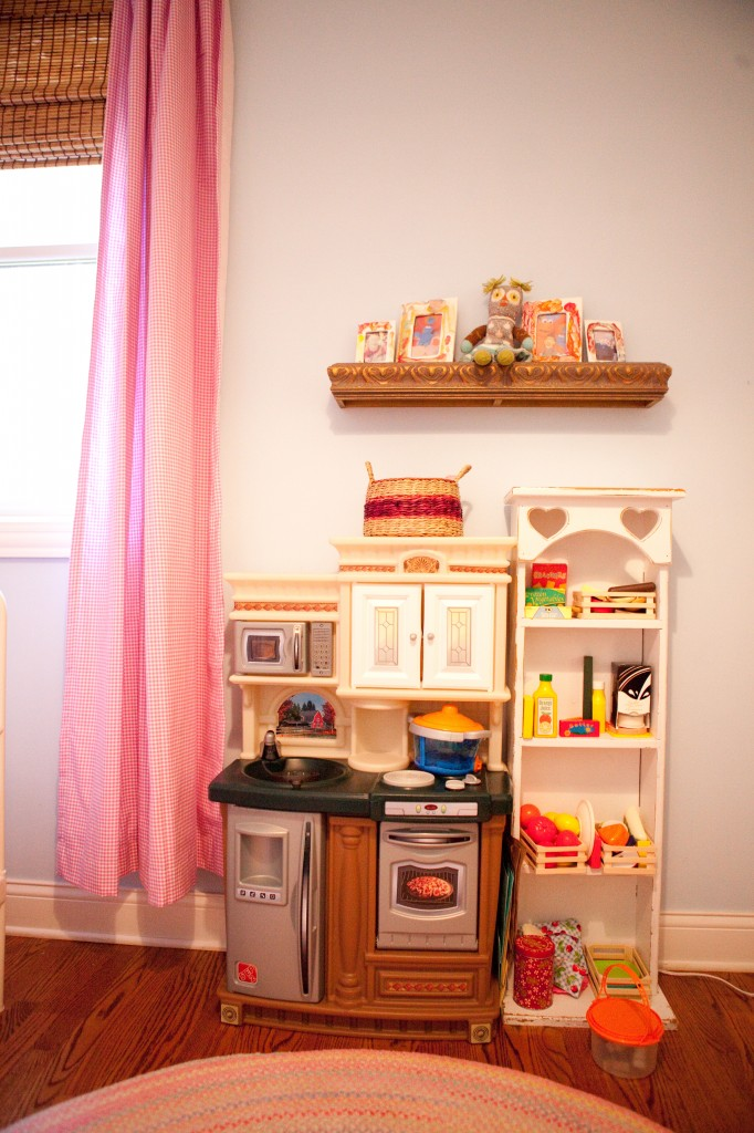 Play Area with Toy Kitchen and Pantry
