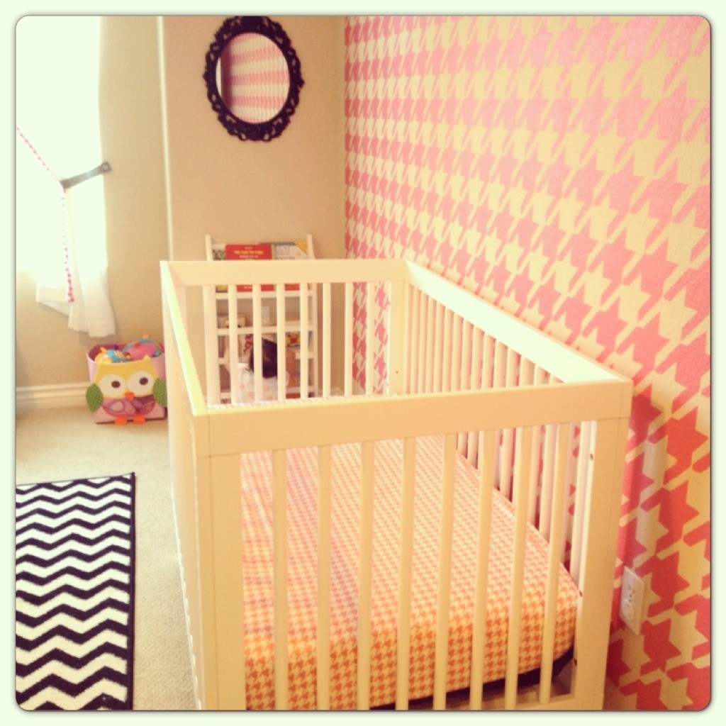 Girl Houndstooth Nursery Chevron Rug