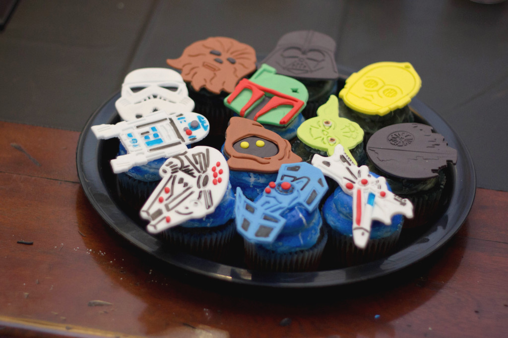 Stars Wars Birthday Party Cupcake Toppers - Project Nursery