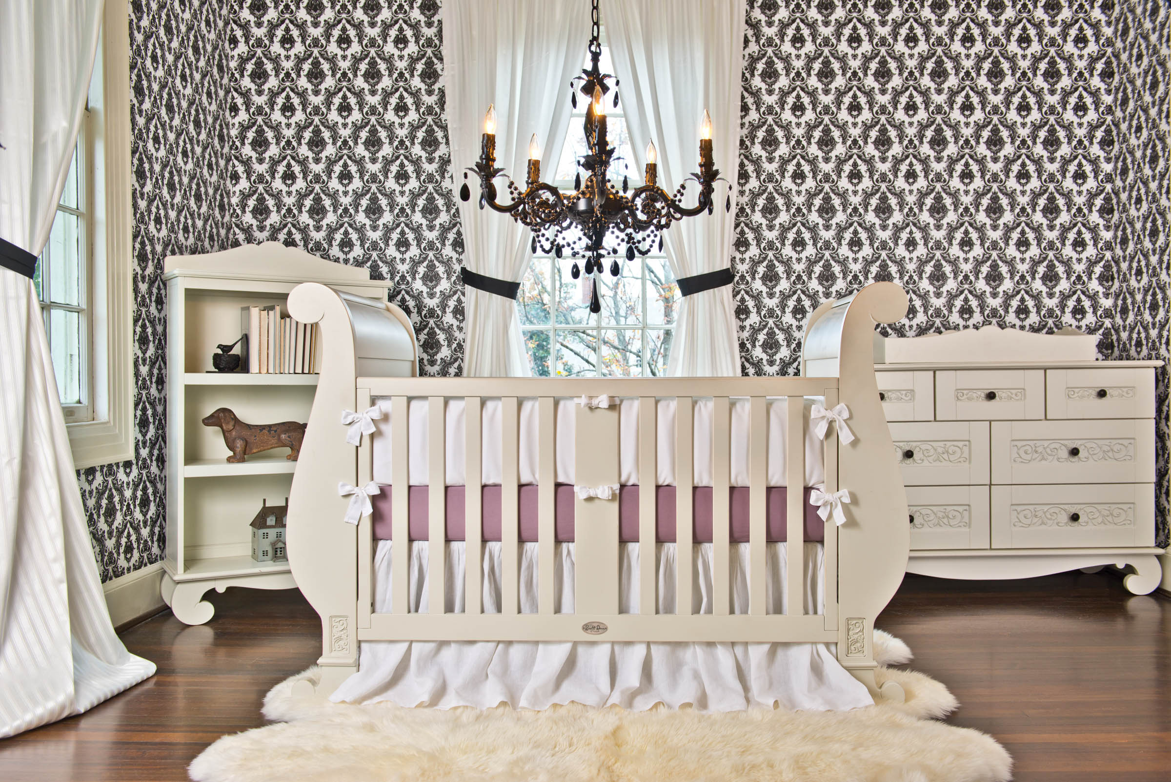 Chelsea Sleigh Crib from Bratt Decor