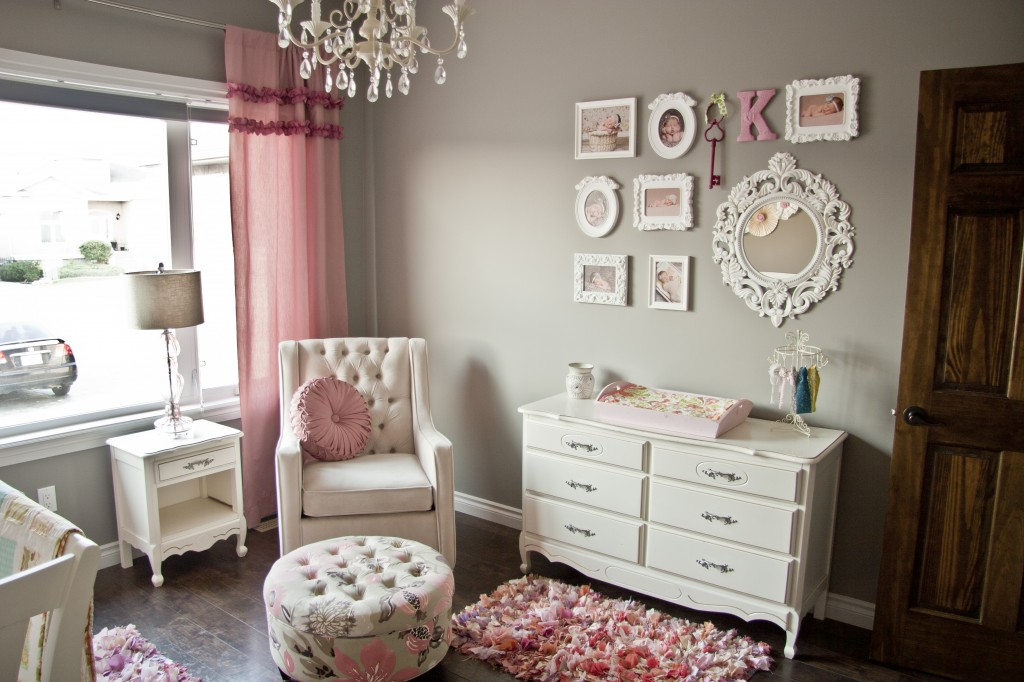 Gallery roundup pink and gray nurseries project nursery for Muebles para recamara vintage