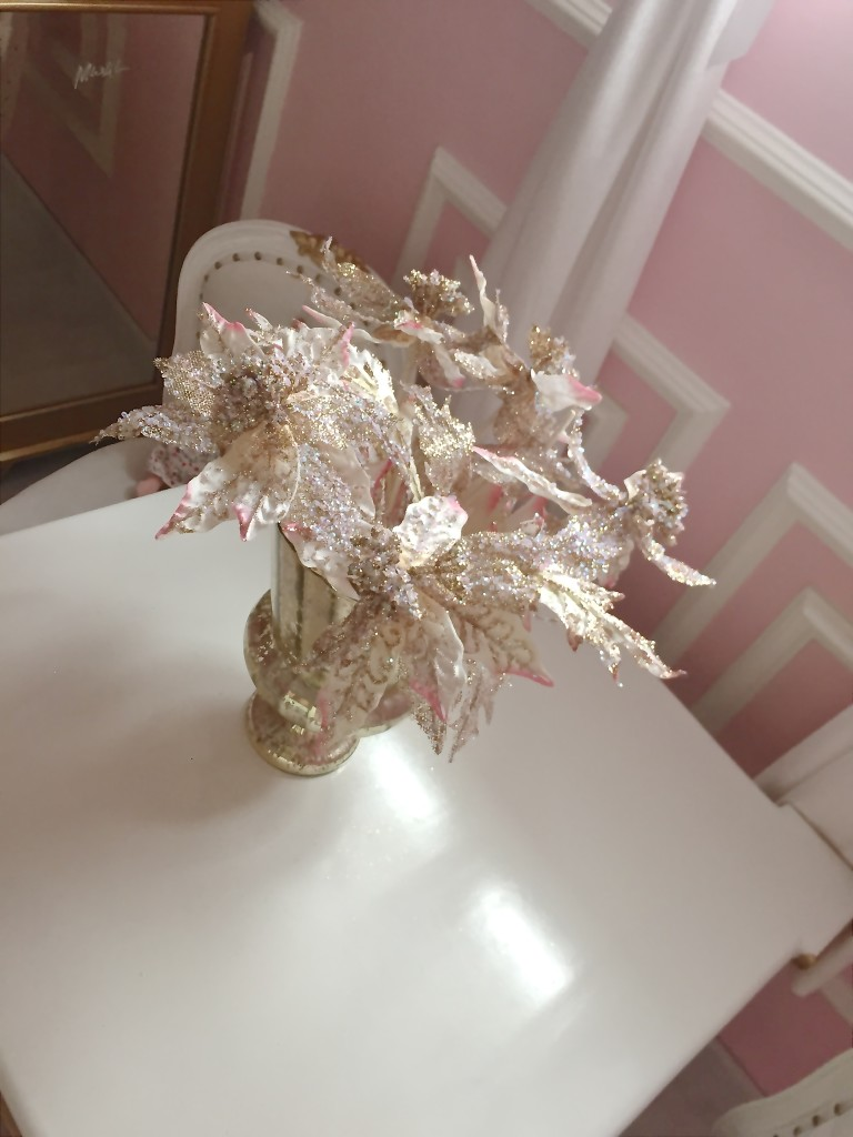 DIY Pink and Gold Christmas Tree Flower in this Parisian Nursery