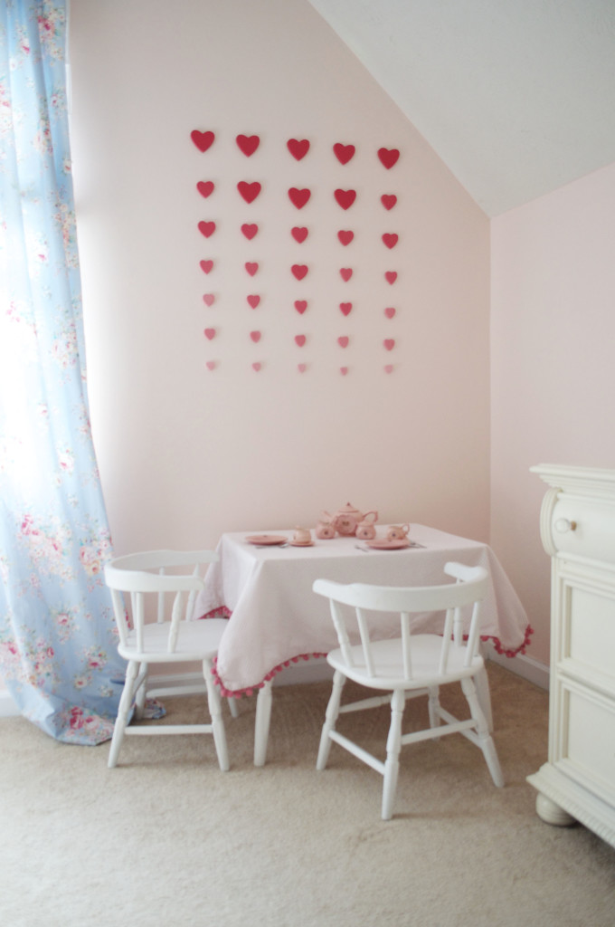 3D Ombre Heart Wall Art Installment