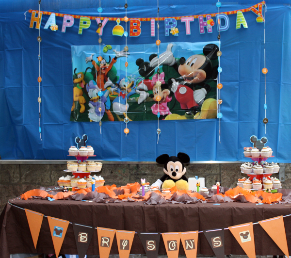 Creative DIY Mickey Mouse Clubhouse 1st Birthday Party