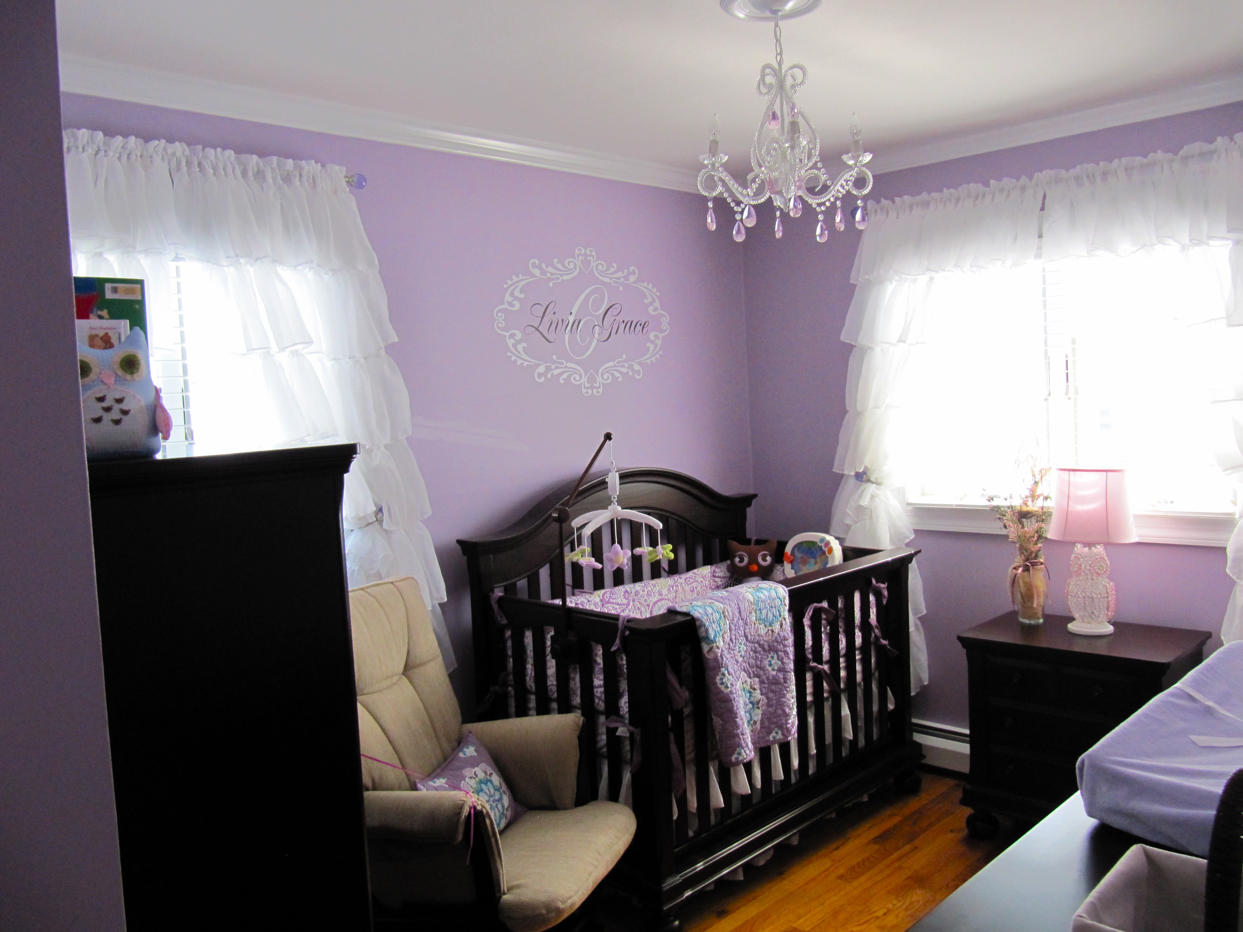 Girls Room: Baby Girls' Nursery