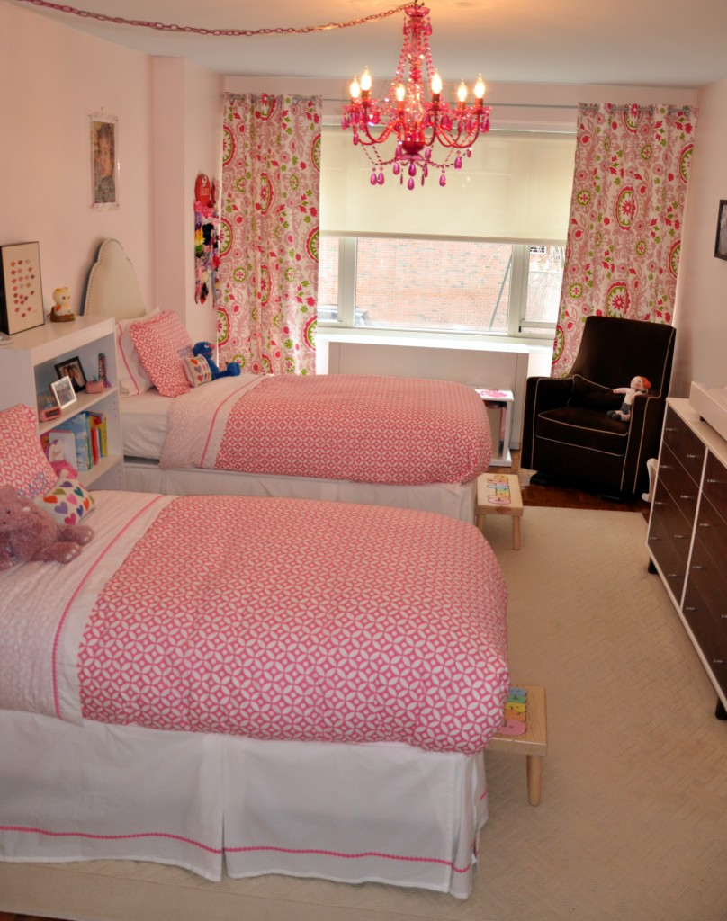 Little girls 39 shared pink bedroom project nursery - Photos of girls bedroom ...