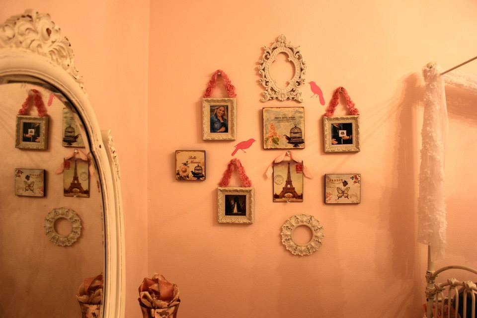 Vintage Glam Girl Nursery Bird Wall Up Close