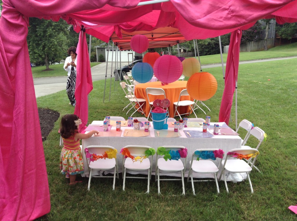 Girl Elmo 2nd Birthday Party Kids Table
