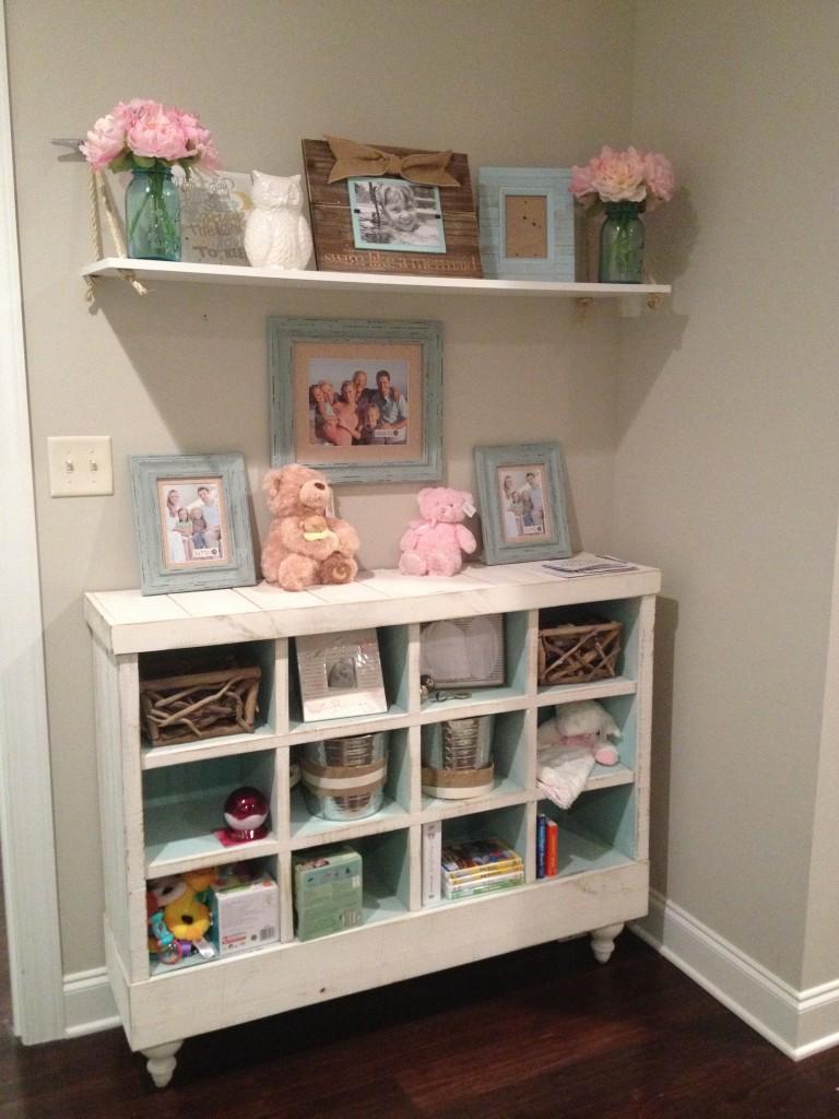 Thrift Bookshelf find with DIY Rope Shelf