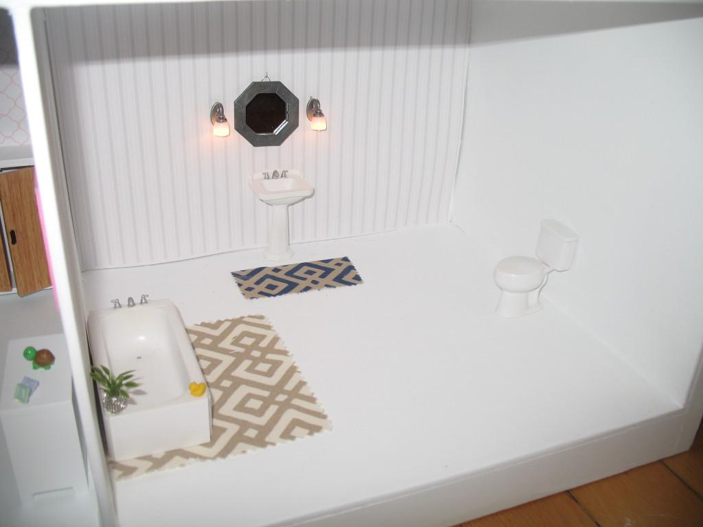 DIY Dollhouse Bathroom