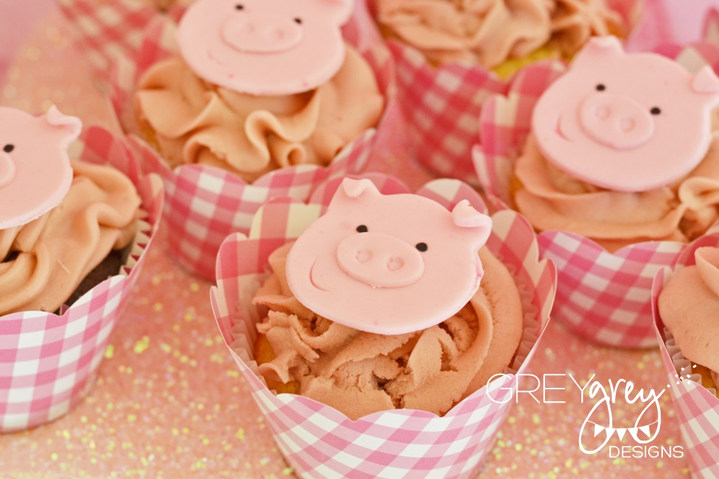 Three Little Pig Party Cupcakes