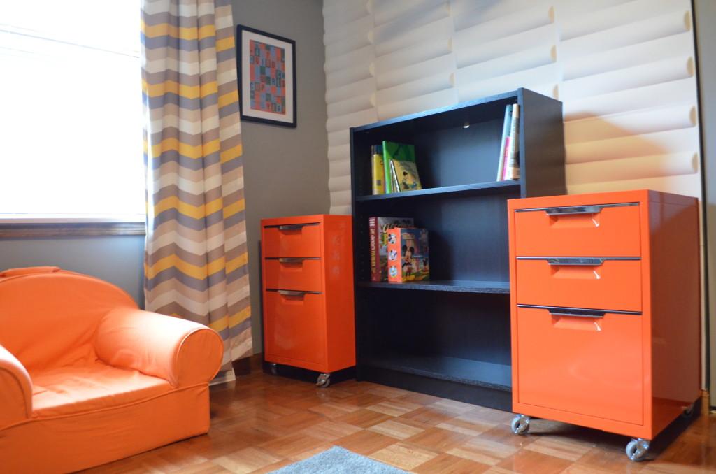 Daddy Designed Nursery Bookcase