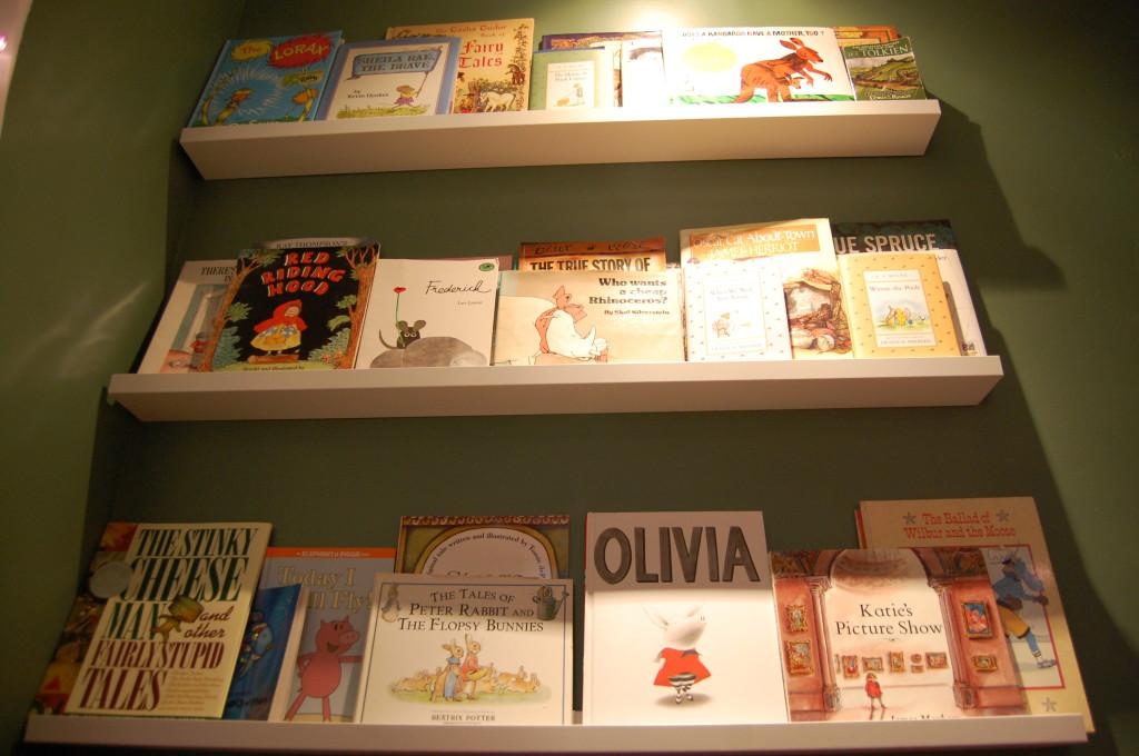 DIY Bookshelf for Kids