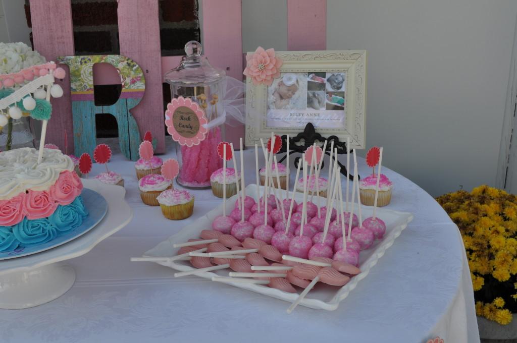 Shabby Chic Pink Cake Pops