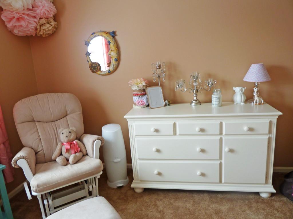 Sorelle Furniture Vista Dresser
