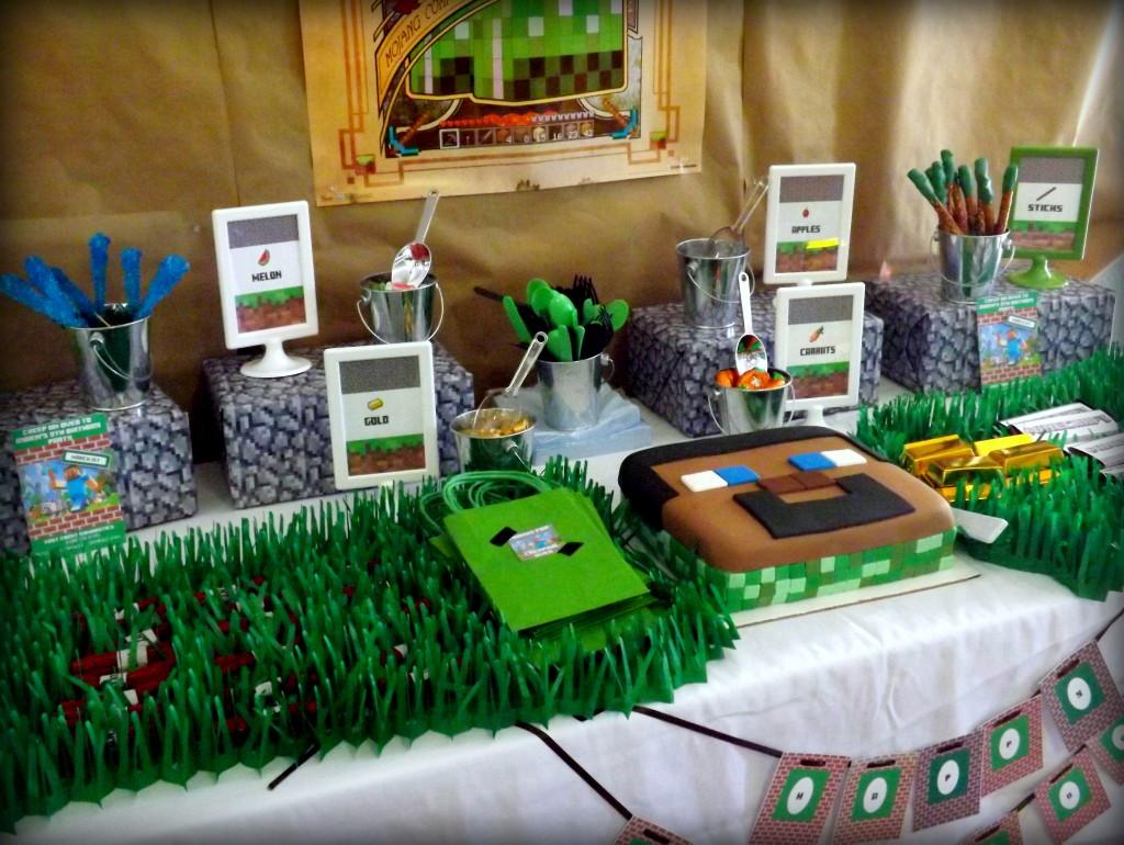 Minecraft Birthday Party Dessert Table