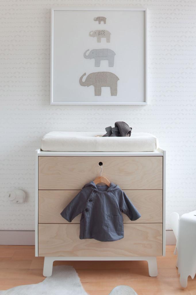 Jill Malek Baby Elephant Walk in Rain Wallpaper