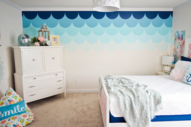 Ombre Scalloped Accent Wall