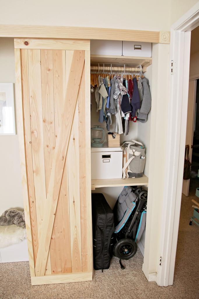 DIY Barn Door Mini-Closet