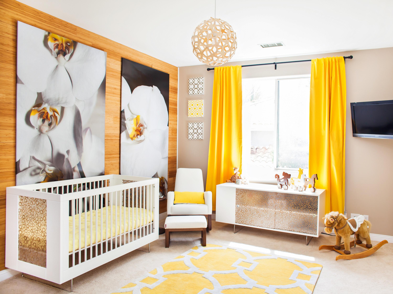 Celebrity design reveal kendra wilkinson 39 s nursery - Habitaciones bebe gris ...