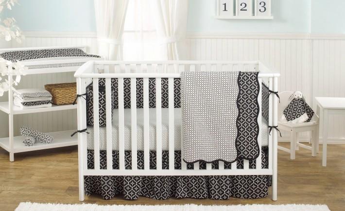 Black Lattice Crib Bedding Set from Balboa Baby