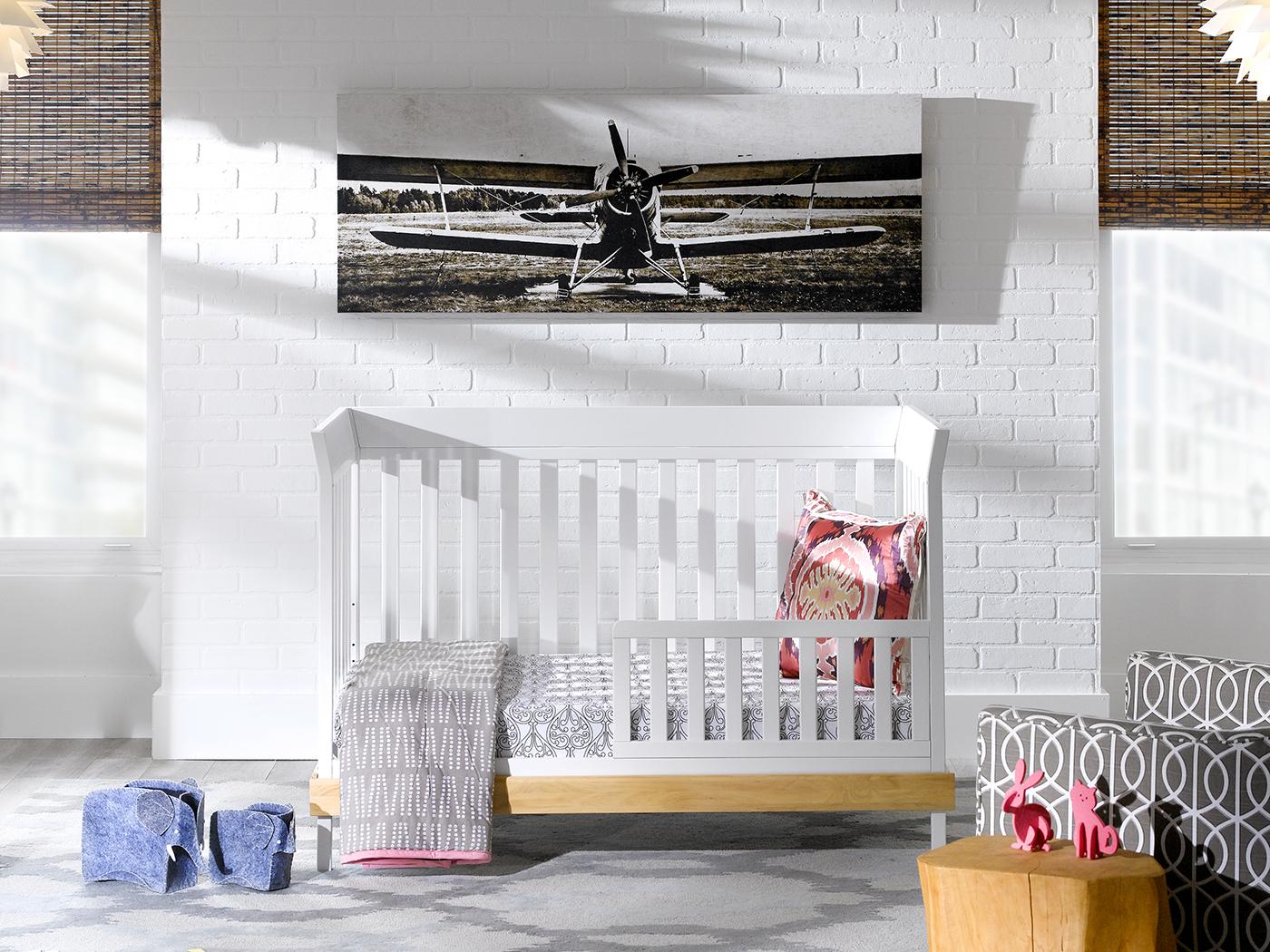 Sweetli Crib in White with Beech from Urbini