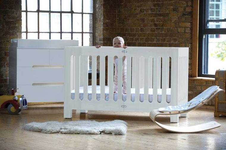 Bloom Alma White Crib