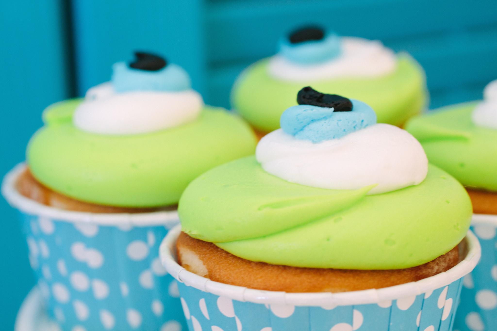 Mike Wazowski Cupcakes