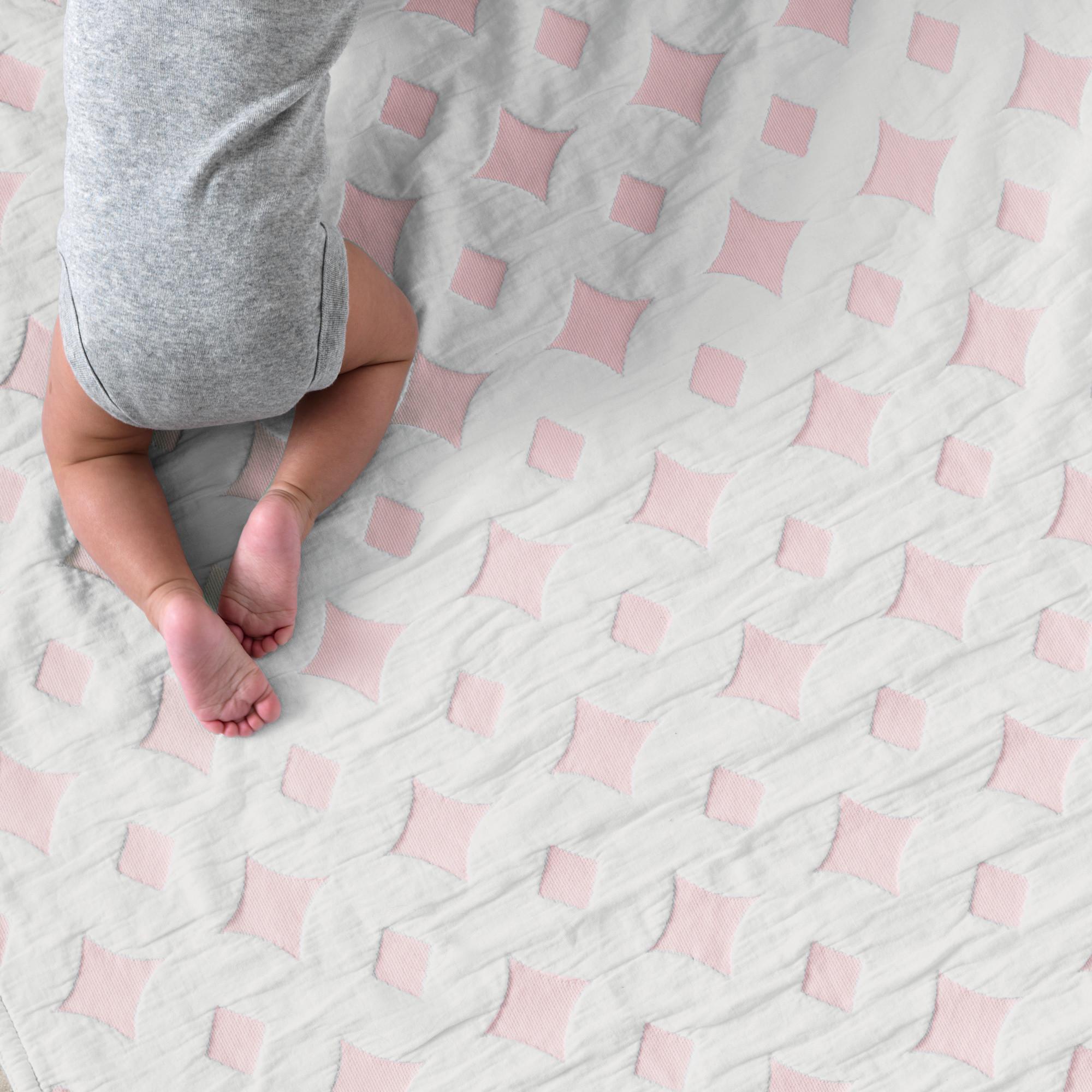 Diamond Blossom Blanket