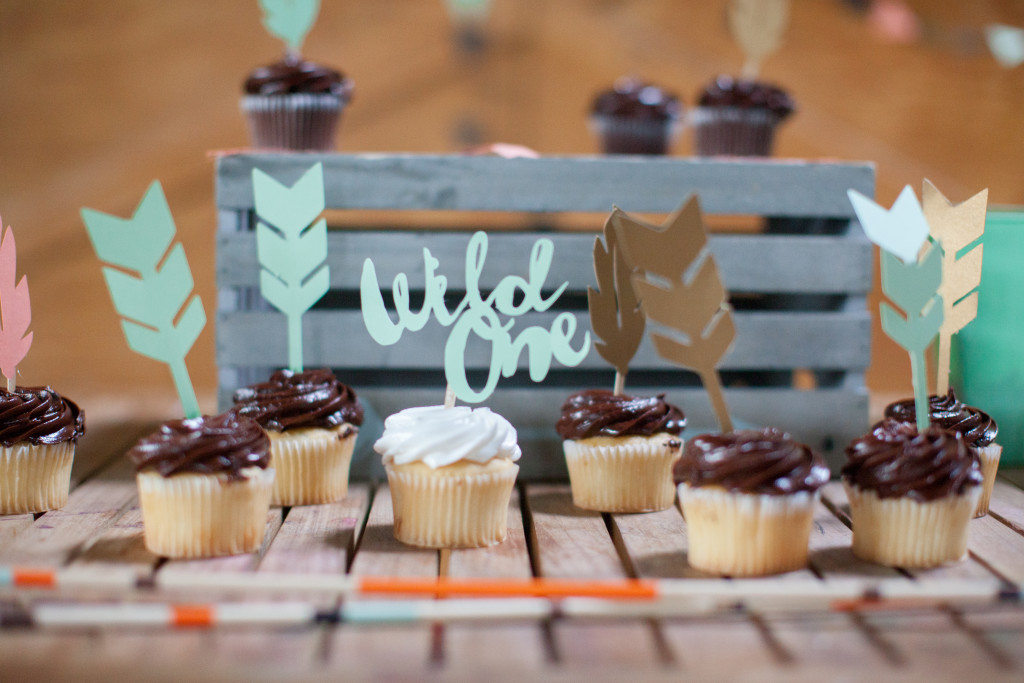 Wild ONE Cake Topper Arrows One T