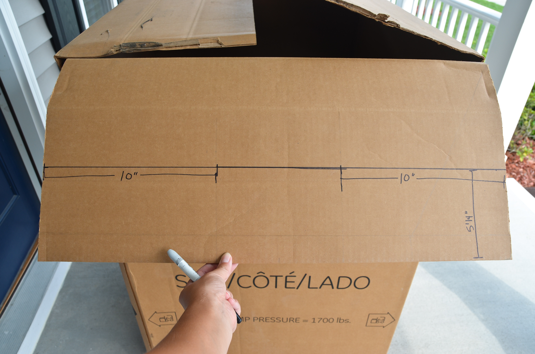DIY Cardboard Box Playhouse Instructions