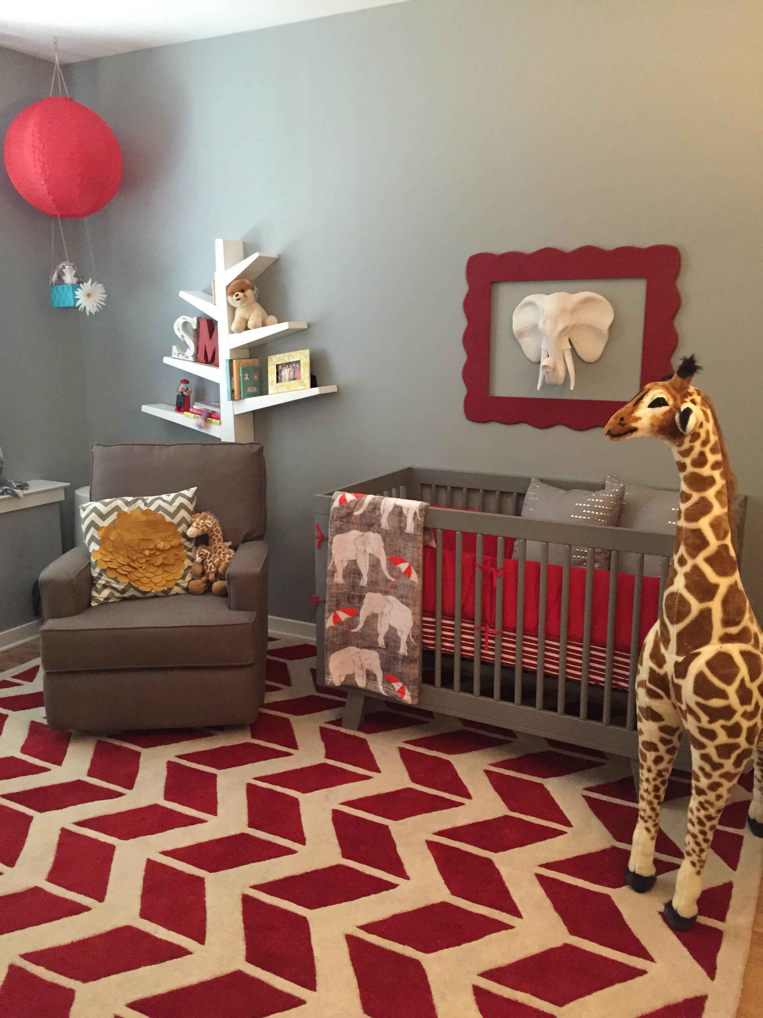 Neutral Nursery Themes Ideas: Samar's Circus Nursery