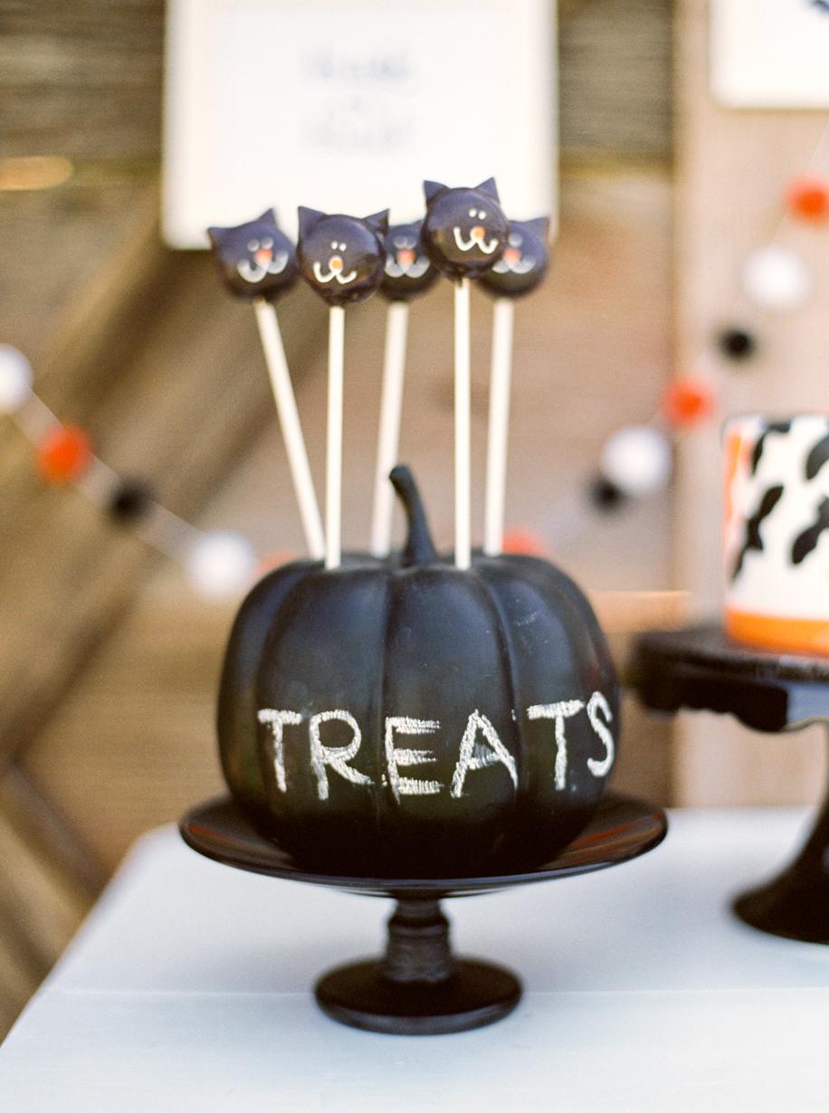 Kids Halloween Party Cake Pops