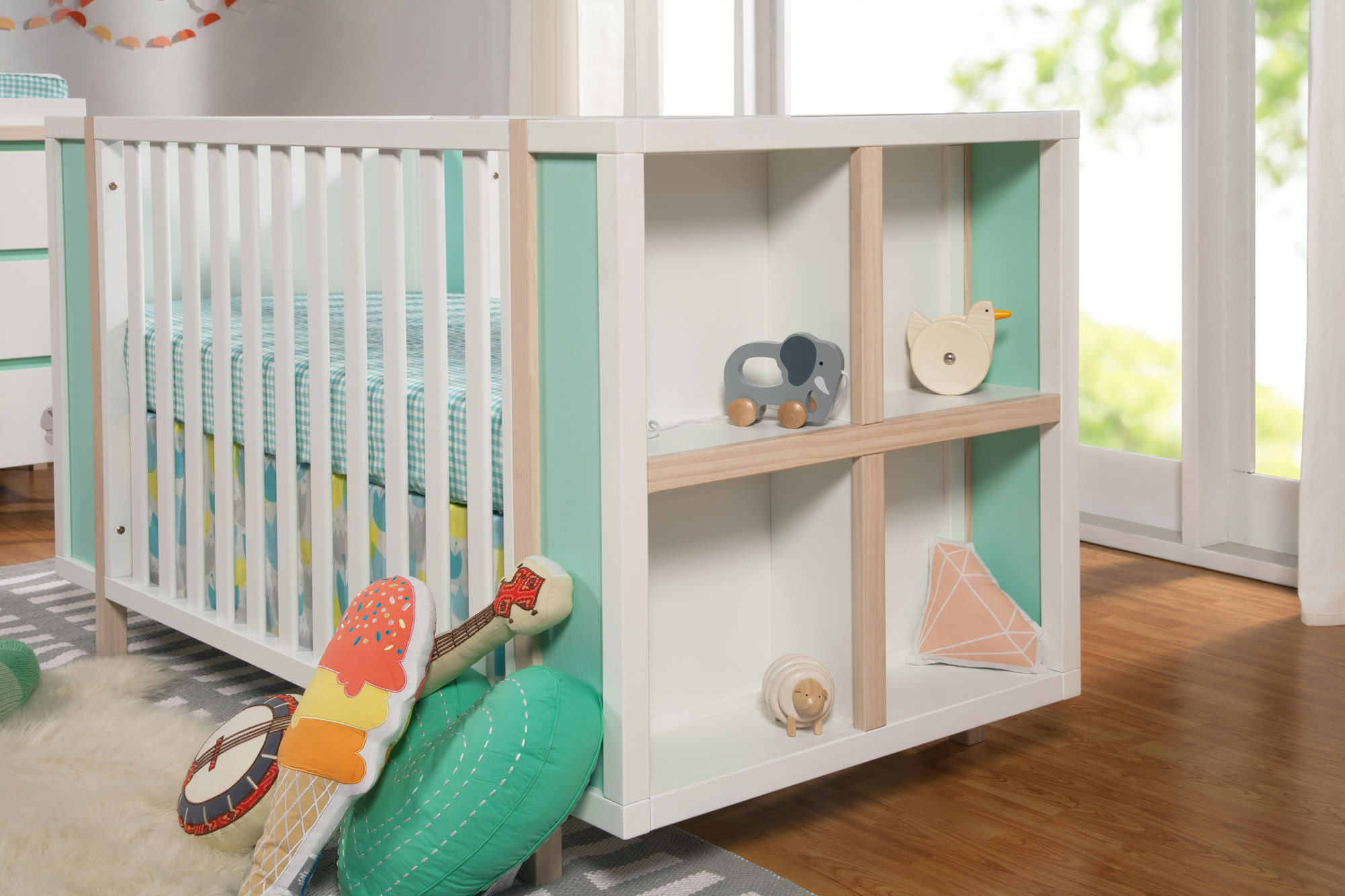 Bingo 3-in-1 Convertible Crib from Babyletto