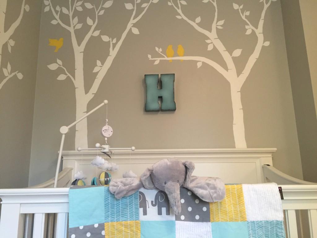 Yellow elephant nursery thenurseries for Nursery project ideas