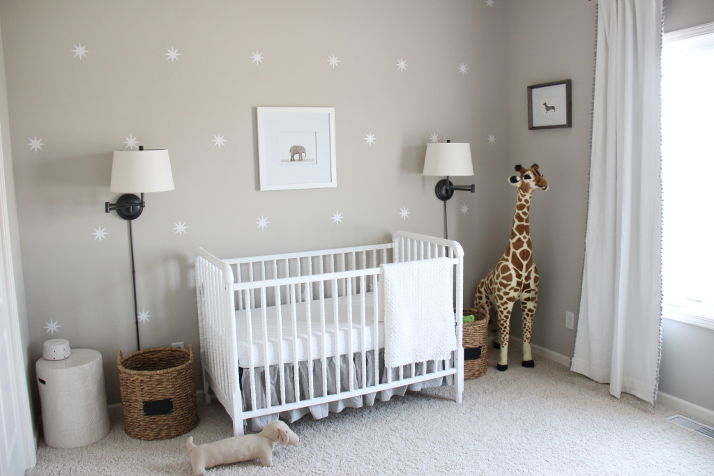Gender neutral gray zoo themed nursery project nursery - Babyzimmer neutral ...