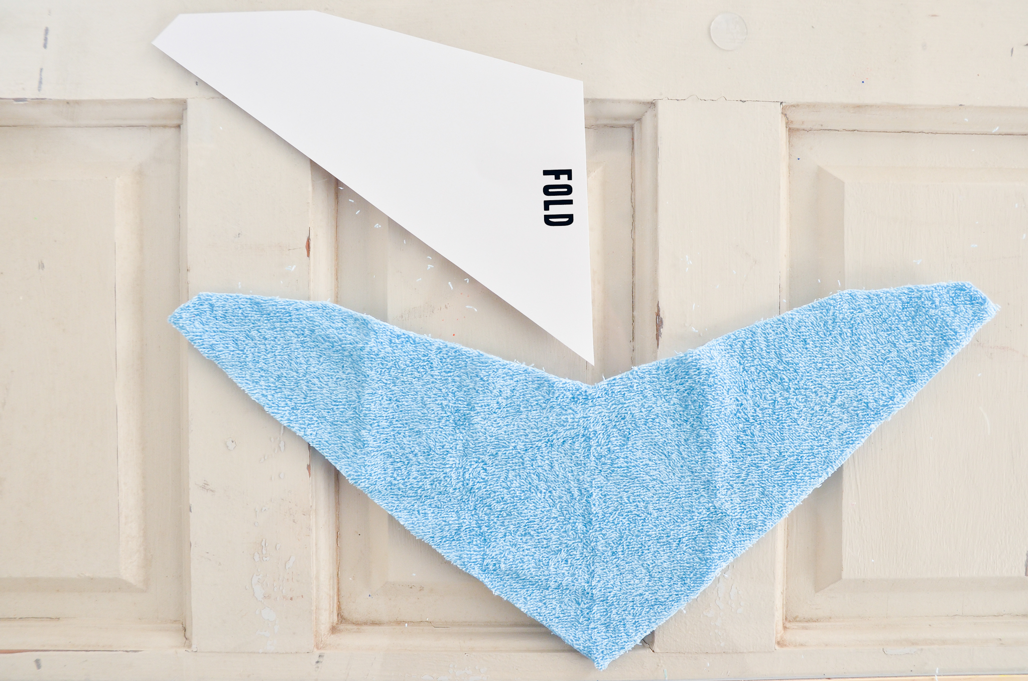 DIY : How to Sew a Bandana Bib - Project Nursery
