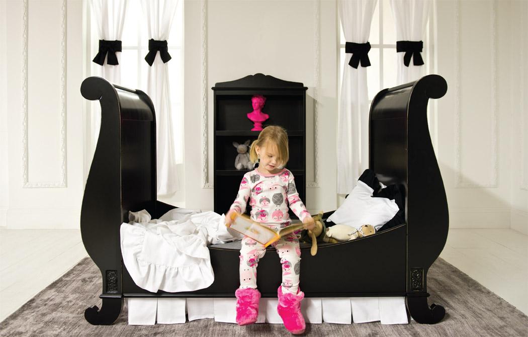 Bratt Decor Chelsea Sleigh Crib