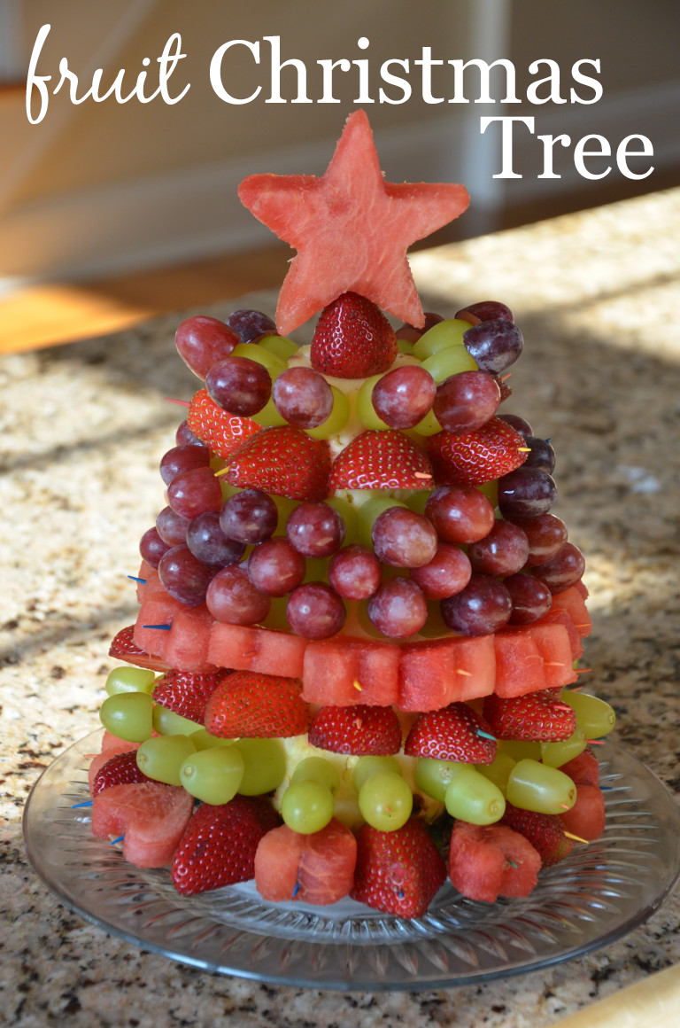 Fruit christmas tree tutorial project nursery - How to slice strawberries for decoration ...