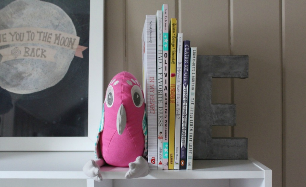 DIY Stuffed Animal Bookend