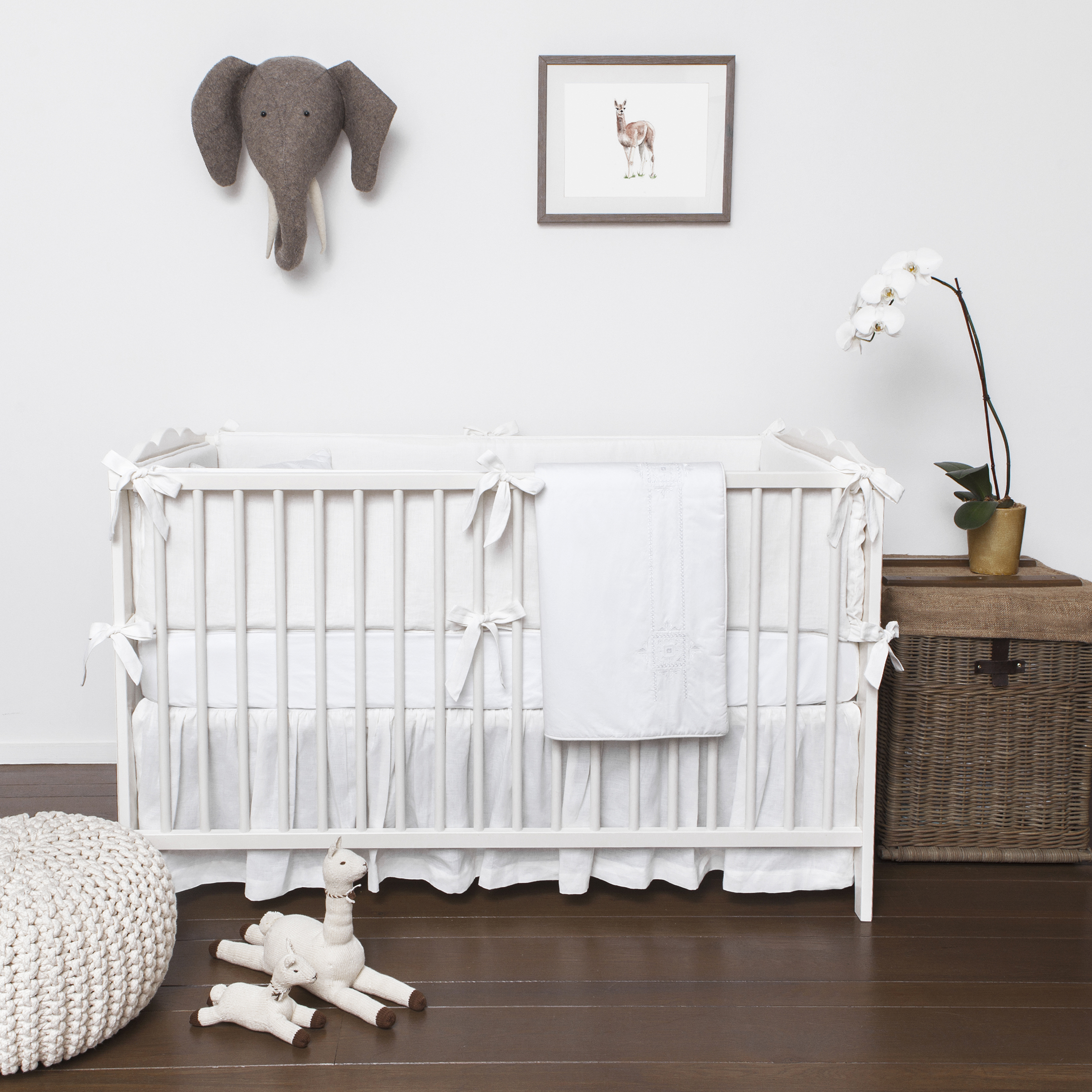 Stunning Petite Vignone All White Baby Bedding