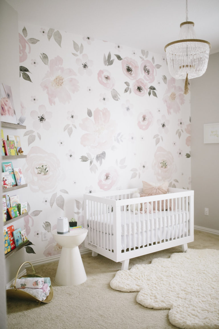 Modern baby girl room decor