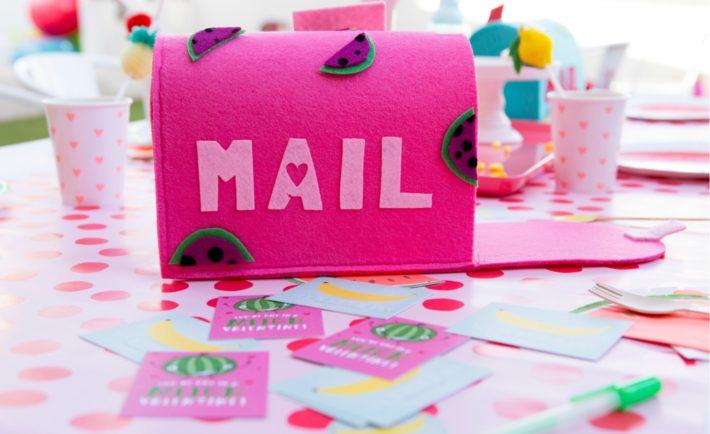 Felt Valentine's Day Mailbox for Kid's Valentine Exchange