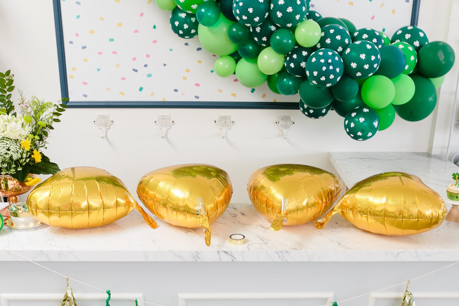 DIY Four-Leaf Clover Balloon Tutorial