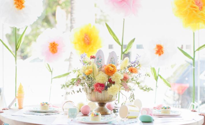 Floral Easter Kids Table