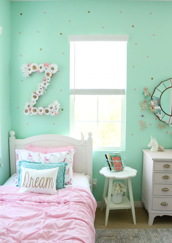 Mint Shared Girls Room with Gold Polka Dot Decals