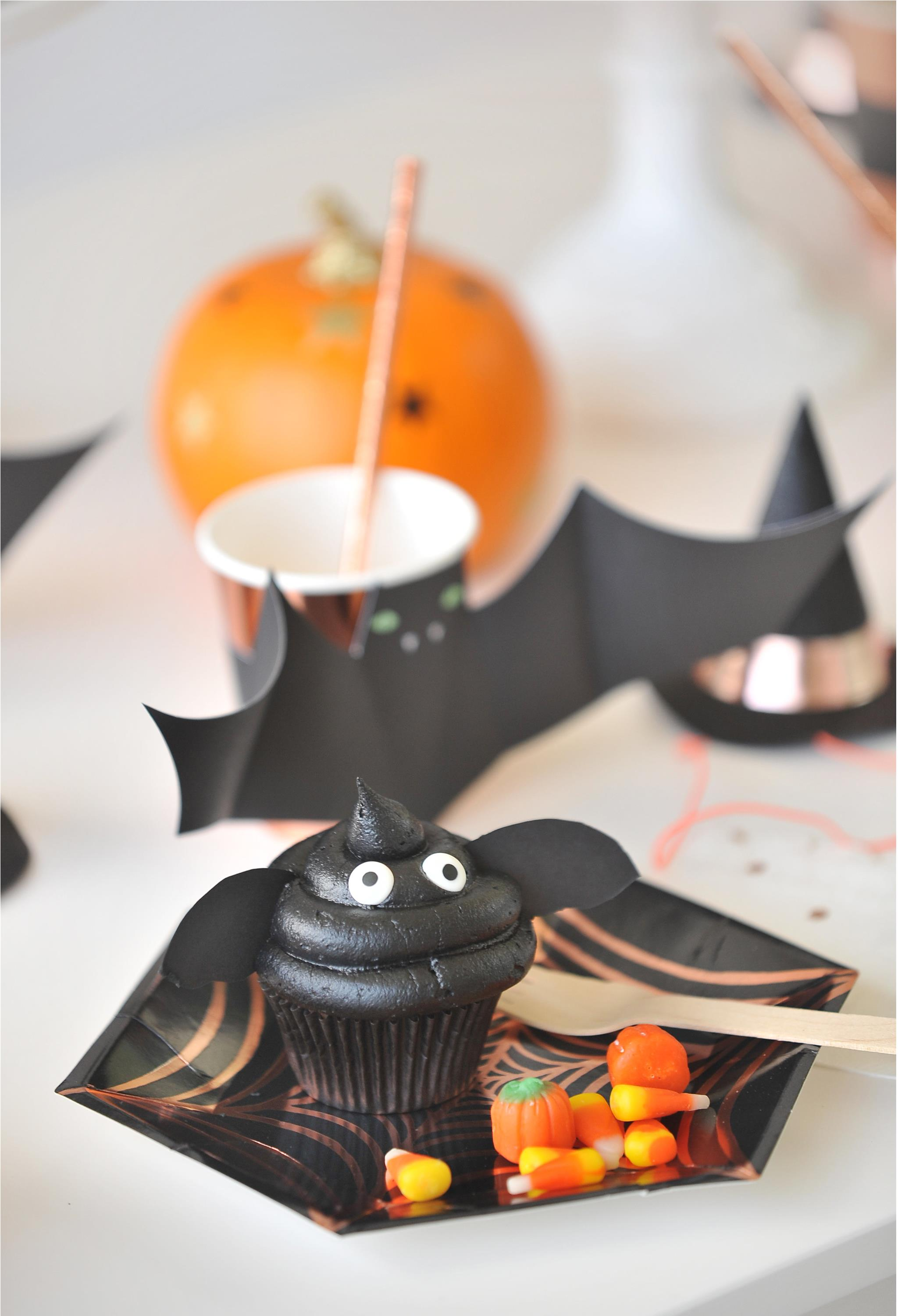 Bat Cups and Bat Cupcakes - Project Nursery